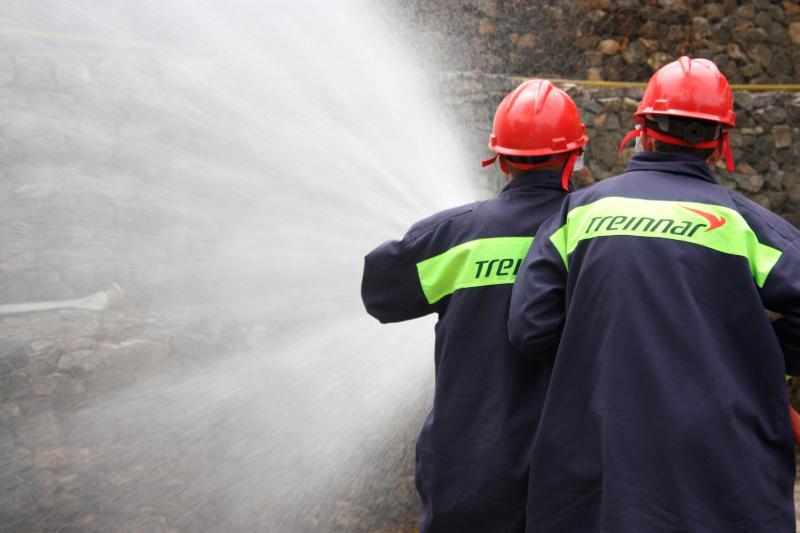 Curso de treinamento de combate a incêndio