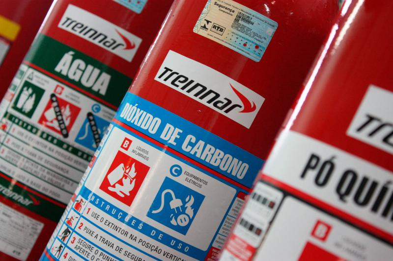 Venda de extintores de incêndio
