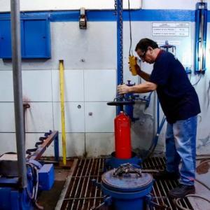 teste hidrostático de extintores