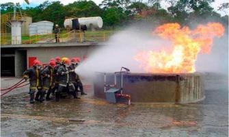 Treinamento de brigada de emergência